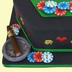 Tutorial globalsugarart=how to make the casino table cake las vegas cake, poker cake Casino Night Party, Casino Theme Parties, Nutrition Plans, Kids Nutrition, Las Vegas Cake, Poker Cake, Birthday Candy, Birthday Ideas, Casino Table