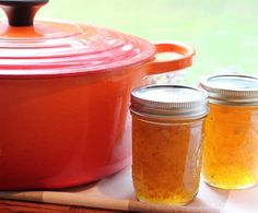 This Mango Jalapeño Jam is a perfect fusion of sweet and hot. It's badass. Mango Jalapeno Jelly Recipe, Mango Jelly, Jalapeno Jam, Mango Jam, Jam Recipes, Canning Recipes, Stevia, Pepper Jelly, Jam And Jelly