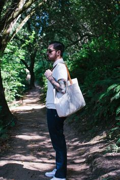 that tote | Edition 161: Sea Washed Pique Polo Shirts | Taylor Stitch