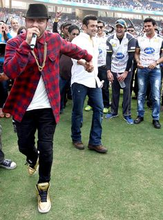 Yo Yo Honey Singh, Salman Khan, Armaan Kohli and Sangram Singh at a CCL match at the DY Patil Stadium in Navi Mumbai. #Style #Bollywood #Fashion #Handsome