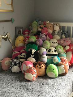 Kawaii Plush, Cute Plush, Cute Stuffed Animals, Cute Animals, Cute Squishies, Toy Cars For Kids, Kawaii Crochet, Grunge Room, Cute Little Things