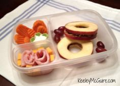 Lunch Made Easy: @Laura Fuentes/ MOMables.com Monday - Apple Sandwiches with SunButter!