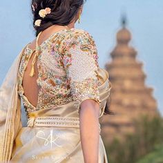 Looking for blue blouse designs? Check gorgeous blue blouses and how you can wear with right sarees to look stylish. Wedding Saree Blouse Designs, Pattu Saree Blouse Designs, Blouse Designs Silk, Blouse Patterns, Wedding Blouses, Blouse Back Neck Designs, Simple Blouse Designs, Stone Work Blouse, Fancy Sarees