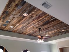 Our gorgeous wood pallet ceiling! Our gorgeous wood pallet ceiling! Decor, Wood, Wood Pallet Projects, Wood Ceilings, Wood Pallets, Ceiling Design, Pallet Ceiling, Wood Planks, Rustic House