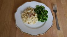Montagsmenü 63: Haselnuss-Risotto Meals For One, Risotto, Menu, Cooking, Recipes, Food, Food Recipes, Menu Board Design, Meal
