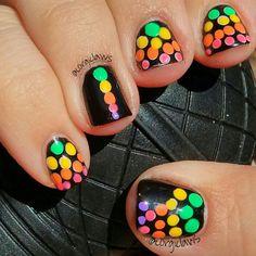 Neon dotticure nail art.