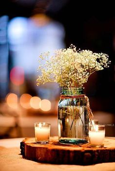 Candles and baby's breath in a mason jar, on a slab of wood, are the perfect rustic wedding centerpieces. Dream Wedding, Wedding Day, Trendy Wedding, Wedding Rustic, Wedding Venues, Wedding Country, Wedding Vintage, Spring Wedding, Wedding Ceremony