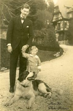 Posts about Romanian Royal Family written by ColoRostariu History Of Romania, Romanian Royal Family, Father And Son, Eastern Europe, Old Photos, Royalty, Couple Photos, Pets, Animals