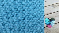 Punto en relieve maravilloso fácil tejido a crochet Crochet Symbols, Crochet Stitches Patterns, Stitch Patterns, Lidia Crochet Tricot, Tunisian Crochet, Crochet Videos, Crochet Squares, Crochet For Beginners, Le Point