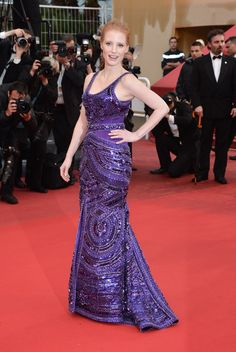 Cannes : la montée des marches de All is Lost et Only God Forgives // Jessica Chastain en Givenchy.