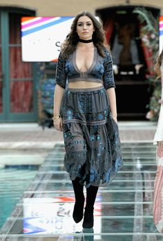 Sophie Tweed Simmons workin' the runway in RevolvexFLL for the Revolve x SU2C event.