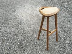 mori stool from dots design studio สามารถสั่งซื้อได้นะครับ