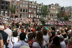Amsterdam Gay Pride 2015, ¡a celebrar! - http://revista.pricetravel.com.mx/vacaciones/2015/07/19/amsterdam-gay-pride-2015-a-celebrar/
