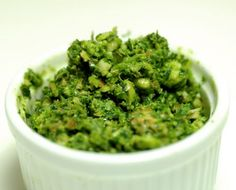 "kale almond pesto Serve it on veggies or your favorite ""pasta"" noodles (zucchini or spaghetti squash, etc). Pesto of any kind is great for using up all your home-grown basil, once the plants take off (which they will). Lchf, Keto, Great Recipes, Vegetarian Recipes, Healthy Recipes, Healthy Pesto, Scd Recipes, Vegan Pesto, Healthy Eating"