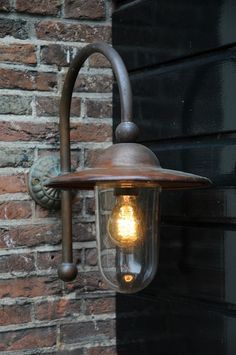 buitenlamp piavon - easy to give that outside light a bit of style