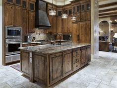 Old World, Gothic, and Victorian Interior Design: Old World ...