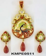 Meenakari Pendant with Earrings