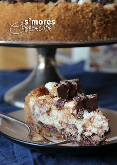 S'mores Cheesecake - what???  Oh hell no - I know what I'm making for the next potluck!!  Or just for a random Weeknight....