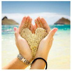 Beach Idea: sand palm heart