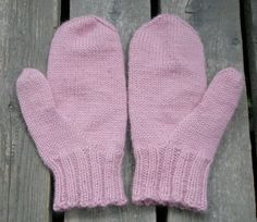 Thumb Gusset for mittens Mittens Pattern, Knit Mittens, Knitted Gloves, Knitting Socks, Half Gloves, Crochet Instructions, Yarn Needle, Crochet Accessories, Diy Crochet