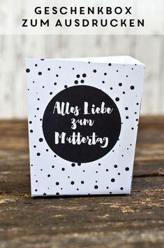 Geschenkboxen zum Ausdrucken für den Muttertag! www.miomodo.de/blog #freebie #printable #diy #muttertag Diy Gifts, Great Gifts, Diy Blog, Letter Writing, Free Prints, Cute Crafts, Presents, Packaging, Lettering