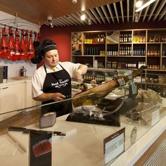 World Duty Free Group opens The Food Society at Madrid Barajas   TheMoodieReport.com, GEYİK PASTIRMASI BENCE KİMYASAL KULLANILMADAN DA ET KURUTULABİLİR ATALARIMIZ HEP BÖYLE YAPTI .