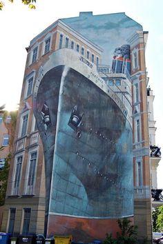 ♥ titanic street art