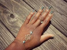 Haute Lacquer: Bohemian Ikat Nail Art | Feat. Indica Jewelry Nail Jewelry, Beauty Lounge, Hand Chain, Ikat Print, Creative Pictures, Sally Hansen, Vintage Bohemian, Toe Rings, My Nails