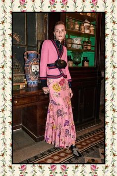 Gucci Pre-Fall 2017 Collection Photos - Vogue Look Fashion 2017, Diy Fashion, Fashion Show, Autumn Fashion, Fashion Outfits, Fashion Trends, Chic Outfits, School Looks, Gucci Pre Fall 2017