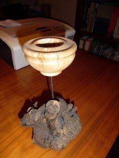 Suporte para velas com base (Altura 24cm) - Nó de madeira desconhecida e figueira