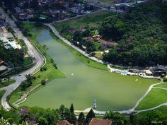 Lago Quitandinha, no formato do mapa do Brasil Petropolis, RJ. #viagem #trip