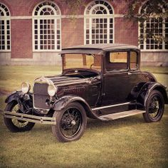 It's Throwback Thursday time!  When the Model A was introduced in 1927, it was the first Ford to use a standard set of driver controls with conventional clutch and brake pedals; throttle and gearshift. It was also one of the first affordable vehicles to consider safety with shatterproof glass, four-wheel brakes, and bumpers as standard equipment. #tbt