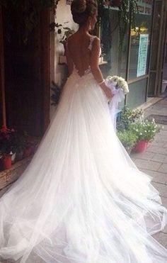 Luxe fairytale princess wedding dress ... ◆ #Tulleweddingdresses