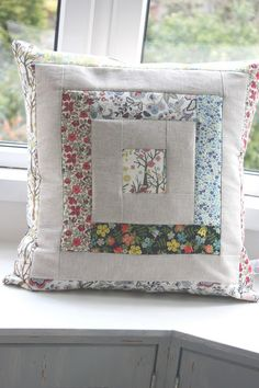 liberty and linen log cabin cushion cover by thefloralsuitcase Applique Cushions, Patchwork Cushion, Sewing Pillows, Quilted Pillow, Diy Pillows, Throw Pillows, Diy Pillow Covers, Decorative Pillow Covers, Cushion Covers