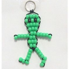 Beaded Alien Beads are great crafts for kids at camp or just around the house. This Beaded Alien will be great fun to have hanging around backpacks or the key Pony Bead Animals, Beaded Animals, Summer Camp Crafts, Camping Crafts, Pony Bead Patterns, Beading Patterns, Bead Lizard, Alien Crafts, Pony Bead Crafts