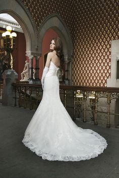 Spring 2014 Luxe Look by Justin Alexander   Style #8713   Alencon & venice lace fit & flare with a sweetheart neckline. Gorgeous!