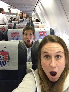 Aircraft selfie, Heather O'Reilly and Tobin Heath Usa Soccer Team, Team Usa, Soccer Players, Sports Teams, Girls Soccer, Play Soccer, Soccer Stuff, Nike Soccer, Surf Girls