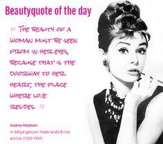 Beautyquote van Audrey Hepburn op www.makeupmymind.nl