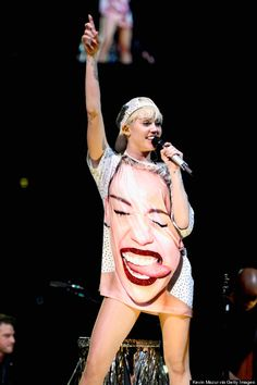 Miley Cyrus' Bangerz tour... best time of my life