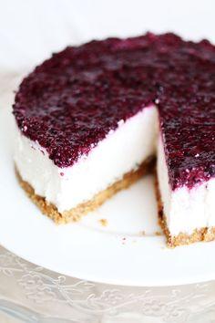 Cheesecake senza cottura e senza latticini è una ricetta senza zucchero a basso indice glicemico, vegana e senza colla di pesce o gelatina
