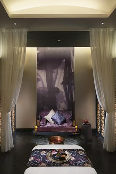 Mandarin Oriental Guangzhou, China designed by Tony Chi :: Spa room