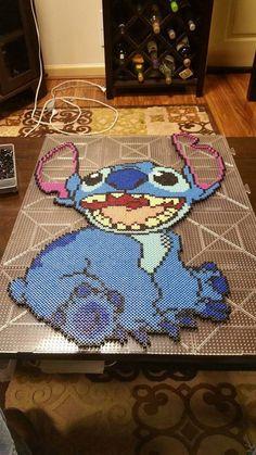 Stitch Perler Art by CustomPerlerBeadArt on Etsy Melt Beads Patterns, Rainbow Loom Patterns, Easy Perler Bead Patterns, Perler Bead Templates, Pearler Bead Patterns, Diy Perler Beads, Beading Patterns, Hama Beads Disney, Perler Bead Mario