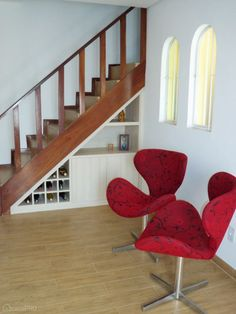 09-ideias-para-voce-aproveitar-o-cantinho-debaixo-da-escada-por-profissionais-do-casapro.jpeg (460×613)