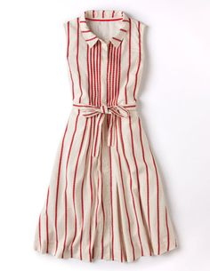 Sewing inspo: NINA DRESS F  http://www.bodenusa.com/en-US/Womens-Dresses/Cocktail/WH639/Womens-Monte-Carlo-Dress.html Smart Day Dresses, Cute Dresses, Summer Dresses, Scandinavian Style, Look Com Vestido, Striped Dress, Get Dressed, Dress Skirt, Shirt Dress