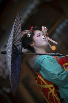 舞妓 maiko ふく那 fukuna 宮川町 KYOTO JAPAN