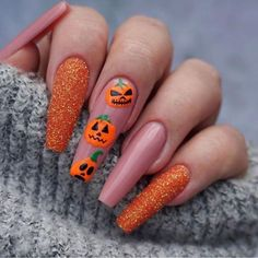 Halloween Press On Nails, Cute Halloween Nails, Halloween Acrylic Nails, Halloween Nail Designs, Fall Nail Art Designs, Christmas Acrylic Nails, Orange Nail Designs, Cute Acrylic Nail Designs, Halloween Party