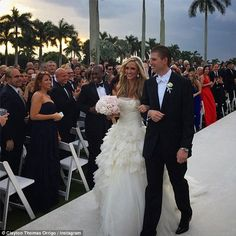 Here comes the bride: Lara walked down the aisle in a strapless Vera Wang dress with a ruffle skirt and a train Famous Wedding Dresses, Wedding Gowns, Donald Trump Son, Eric Trump, Vera Wang Dress, First Lady Melania Trump, Gorgeous Wedding Dress, Rose Wedding, Here Comes The Bride