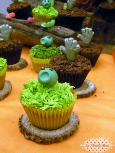 Plants vs. Zombies Birthday Party Ideas | Photo 1 of 15 | Catch My Party