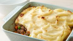 Make-Ahead Shepherd's Pie - The base of the pie can be made ahead and frozen in an easy-to-store container. To finish the dish, simply thaw, top with Betty Crocker™ creamy butter mashed potatoes, bake and serve! Pie Recipes, Dinner Recipes, Cooking Recipes, Recipies, Freezer Recipes, Drink Recipes, Cooking Tips, Dinner Ideas, Make Ahead Freezer Meals