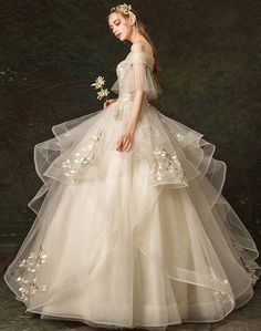 Pretty Prom Dresses, Elegant Dresses, Cute Dresses, Vintage Dresses, Princess Wedding Dresses, Dream Wedding Dresses, Wedding Gowns, Fairytale Dress, Fantasy Dress